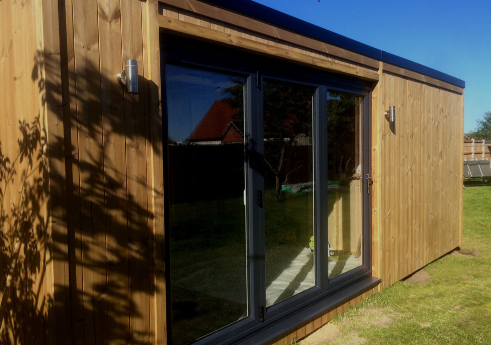 Thermowood garden room